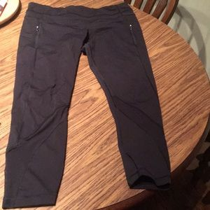 Lululemon black mesh 7/8 legging size 12